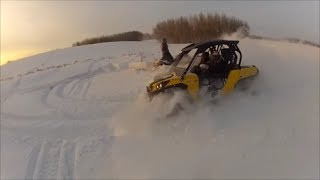 Modded Commander 800XT- Babes crushing snow