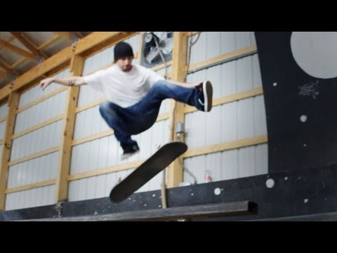 How to Skateboard with Bam Margera: Easy Tricks / How to Kickflip