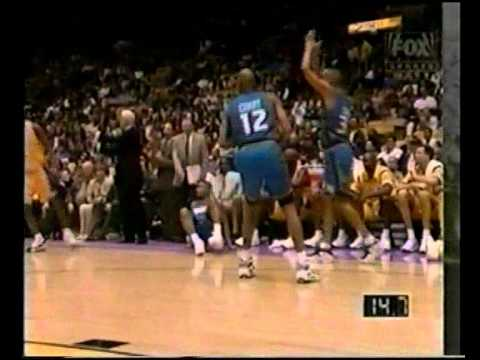 Grant Hill (Triple Double) (34pts/15rebs/14asts) vs. Lakers (1997)
