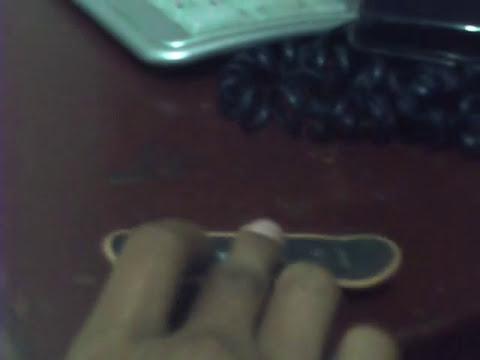 Como Saltar En Mini Patinetas :D