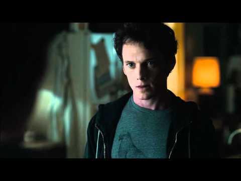 Fright Night – Il Vampiro della Porta Accanto Trailer Italiano HD