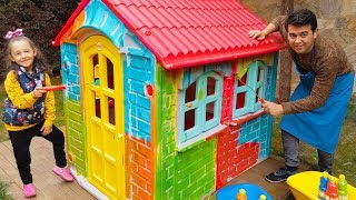 Öykü is Play Painting its own house  Father Helping Daughter - Funny Oyuncak Avı