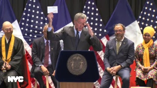 Mayor de Blasio and First Lady McCray Host the Annual Interfaith Breakfast