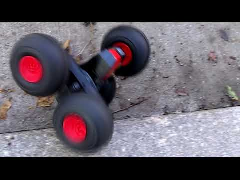 Squeeler RC Stunt Car Review - Cool 2011 Holiday Toy