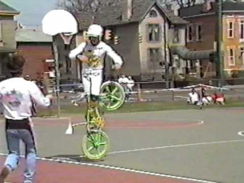 Bike Tricks Bmx Old School BMX bike stunts