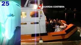 video A Roccella Jonica in Calabria sono giunti a bordo di un peschereccio dei profughi dalla Siria, scortati dalla Guardia Costiera sino al porto. Sono giunti questa mattina intorno alle 06,00 nel...