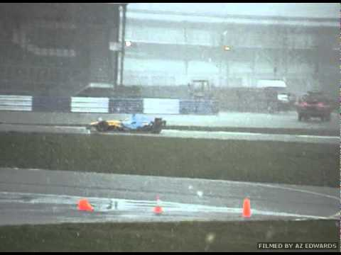 F1 Formula One Testing Silverstone 2005 Fernando Alonso drives while snowing!