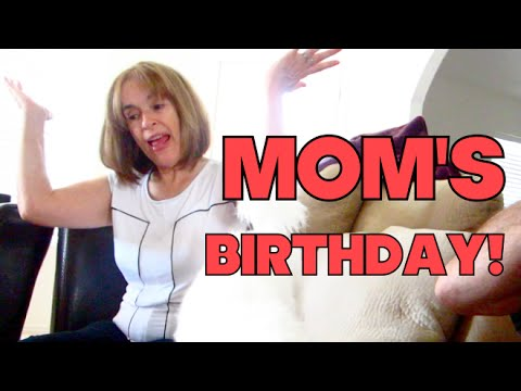 VLOGUST: Mom's BDay & Major Weeds!
