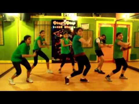 Dhak Dhak Karne Laganautanki Saalafeat.evelyn Sharma Dance By Step2step Dance Studio,09888697158 video