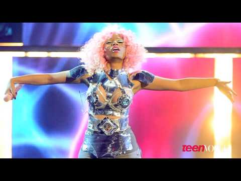 Nicki Minaj's Official Teen Vogue Cover Shoot Video