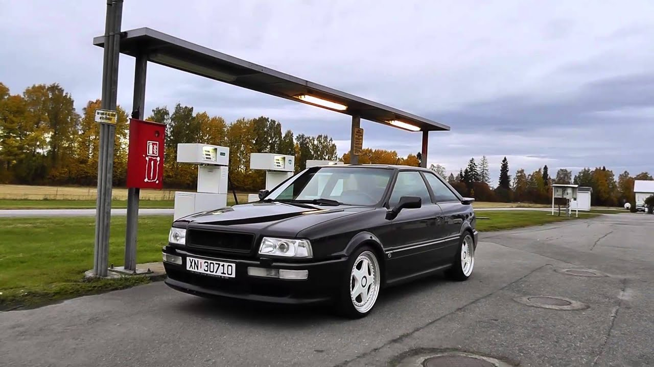 Find A Gas Station >> Audi S2 Black&White turbo 300hp at a gas station - YouTube