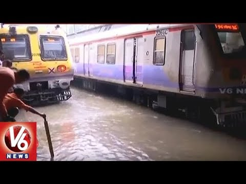 Heavy Rains In Mumbai | Local Train Services Stopped Due To Flood On Tracks | V6 News