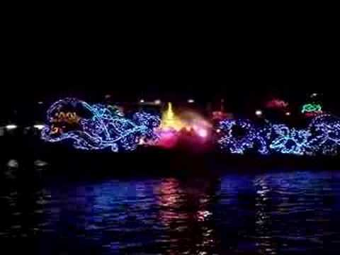 LoyKraThong ships ChaoPraYa River(3)