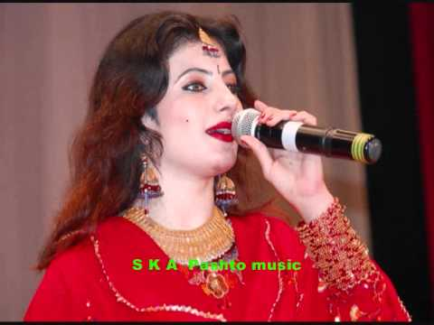 Nazia Iqbal  Album Wafa 2011 In Eid ( Janan Ka Gul De Kho Da Bal De) video