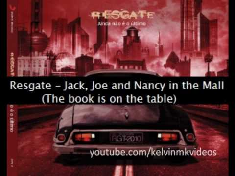 Resgate - Jack, Joe and Nancy in the mall (The book is on the table)