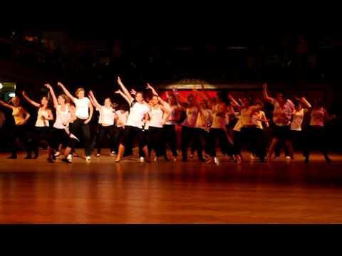 Ples OA HS 2011 - Vystoupení 4.B