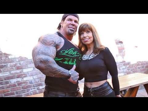 Rich Piana With His Mom At The Body & Power Reunion - The First Gym I Ever Joined- Bill Cambra video