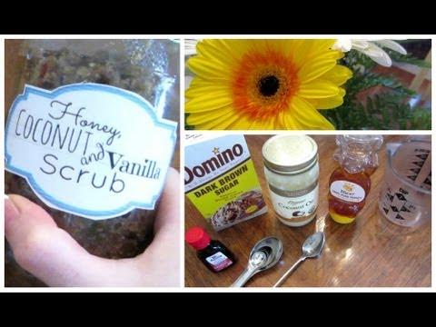 DIY Exfoliant; Honey, Coconut & Vanilla Scrub!