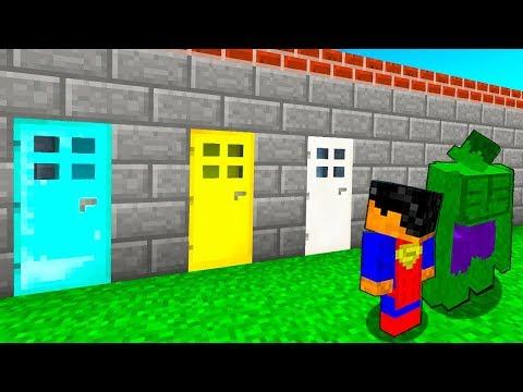 КАКУЮ ДВЕРЬ ВЫБЕРЕТ СУПЕРГЕРОЙ В МАЙНКРАФТ? Нубик против Супермен, Флеш и Халк в Minecraft Мультик