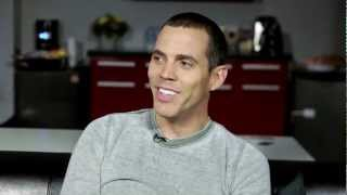 BEST STORY EVER: Steve-O Gets Medical Attention From Mike Tyson And A Kung-Fu Instructor