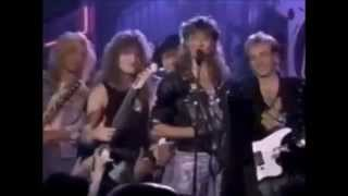 Watch Def Leppard You Got Me Runnin