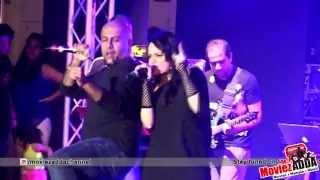 Balam Pichkari Live Performance Vishal Dadlani Aditi Singh Sharma