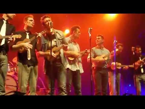 The Baseballs - What you want @ 013 (27-09-2014)