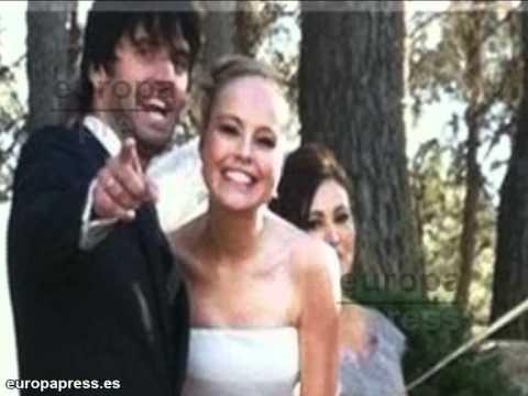 La actriz Esmeralda Moya se ha casado