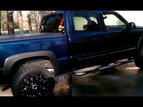 07 Silverado Classic 20 Quot By 9 Quot Xd Hoss And Toyo Mt 33 Quot 12