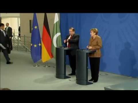 Merkel Says EU Not Planning New Russia Sanctions: Kremlin accused of fuelling war in Ukraine