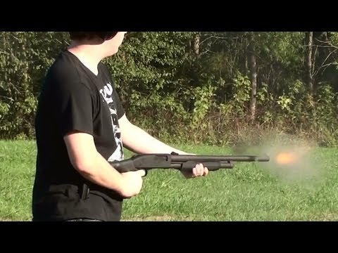 Blackhawk Spec Ops Stock Mossberg 500 Review and Firing a Few Slugs