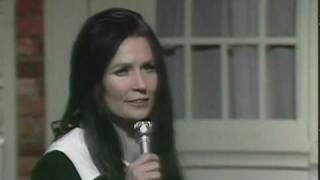 Watch Loretta Lynn I Know How video