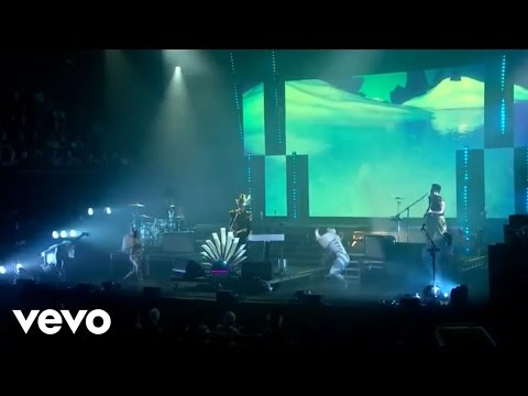 Empire Of The Sun - Ice On The Dune (Live At The Sydney Opera House)