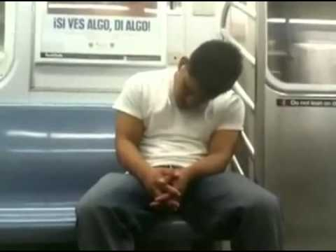 Dormido en el Metro y Madrazo