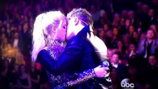 Meghan Trainor & Charlie Puth kiss at the AMAS 2015! NEW BESA A PUTH