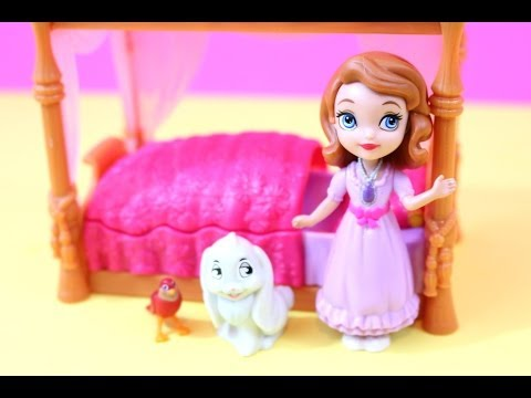 Sofia The First and Royal Bed review