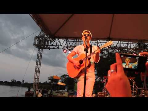 Be My Own - Taylor Hanson Solo Show Jamaica 2014