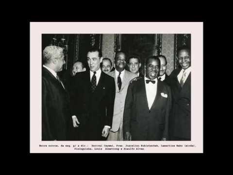LP/BR -  Only You -  L.  Armstrong -  Fotos de L. Armstrong no Brasil  em  1957