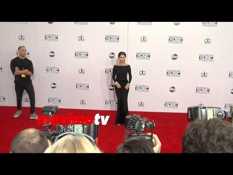 Selena Gomez   2014 American Music Awards. thumbnail