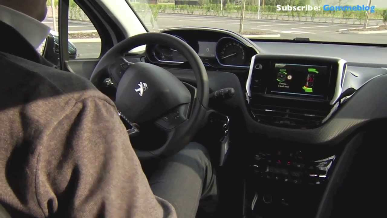 New Peugeot 2008: How Park Assist Works - YouTube