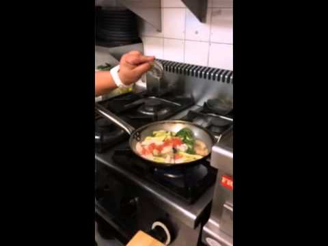 How to make a delicious Seafood Pasta - Pasta de Marisco
