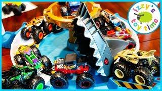 Cars for Kids! MECHA SHARK FACE OFF With Hot Wheels Monster Trucks!