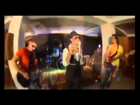 Humayoon Angar - tor kamiz pashto nice new song 2012