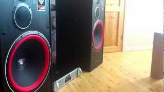 "Cerwin Vega VE-15F ""Bass i love you"" and more.."