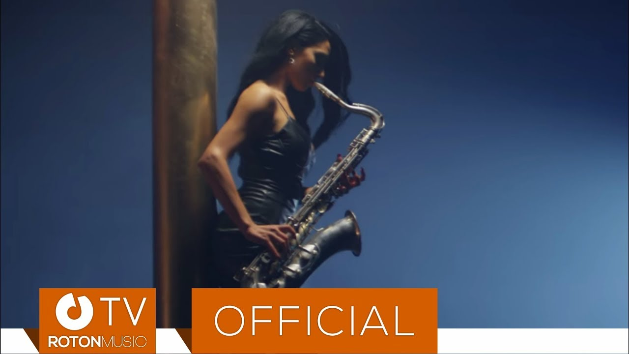 Dj TZepesh - Saxophone (Official Video)