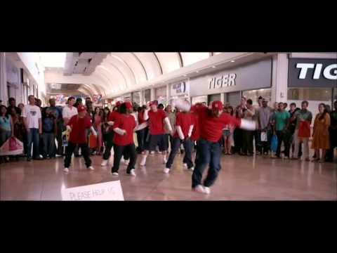 Street Dance 3D (mall dance ) scene