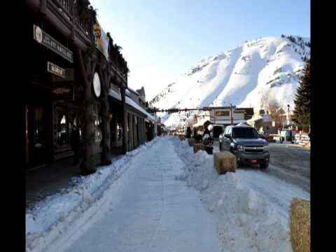 Travel to Jackson Hole Wyoming Dog Sled Races, Food & Fun; Boomer & Senior Travel TV #23