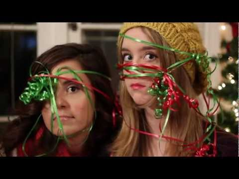 Megan And Liz - Its Christmas Time