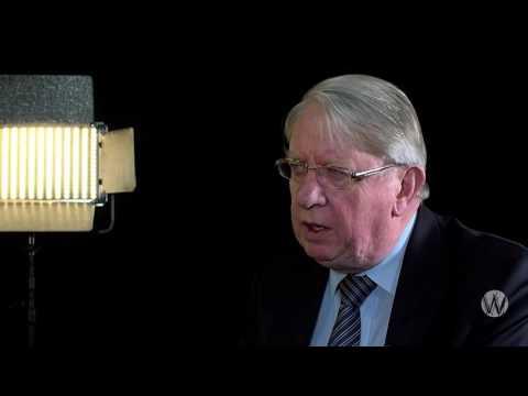 Wat doet Ewald Engelen als hij premier wordt?; Hans Hillen en Ewald Engelen