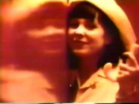 Throwing Muses - Bright Yellow Gun (Music Video)
